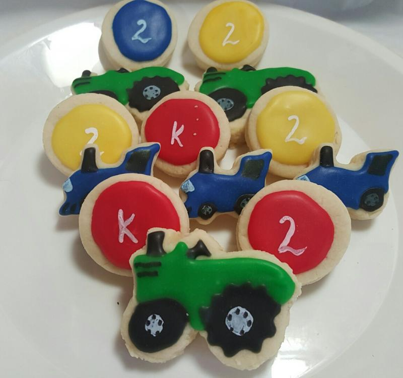 train cookie tractor cookie